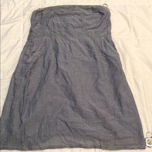 Chambray sleeveless dress with pockets!